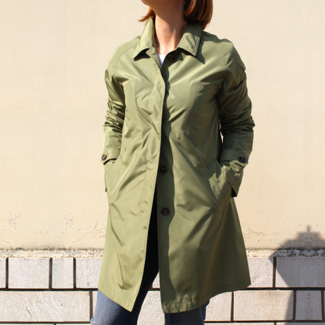 L'Impermeabile Trench coat